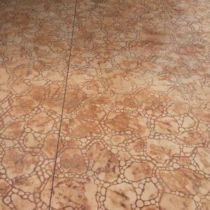 בומנייט: אבן פראית עם חלוקי נחל