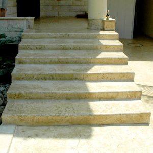 מדרגות בטון מוחלק | מדרגות בטון מוטבע -10