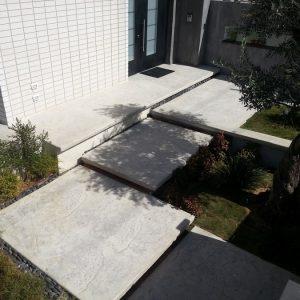 מדרגות בטון מוחלק | מדרגות בטון מוטבע -05